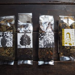 美山の野草茶