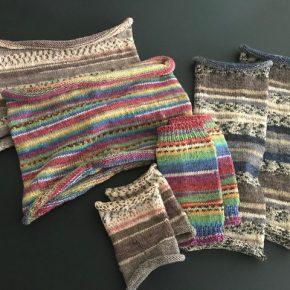 OPAL毛糸を中心に小物たちを編んでみませんか。