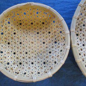 高知の安澤さんから竹細工の生活用具が届きました