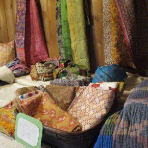 インドの布「kapdaa」展はじまります。