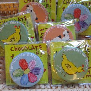 JIM-NET募金のチョコレート缶